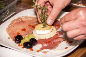 Esskultur 2.0 – Analoger Käse & Digitale Wurst Wie kochen und genießen wir morgen?